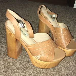 Steve Madden Brown Leather Platform Block Heels!